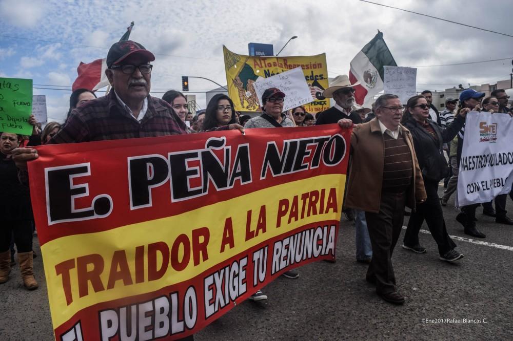 marcha-22-de-enero-2017-contra-el-gasolinazo-ensenada-bc-fotos-rafael-blancas-cervantes-plex-mexico-_-31